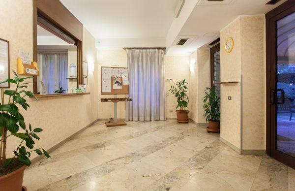 iH Hotels Aparthotel Argonne Park Milano - Reception
