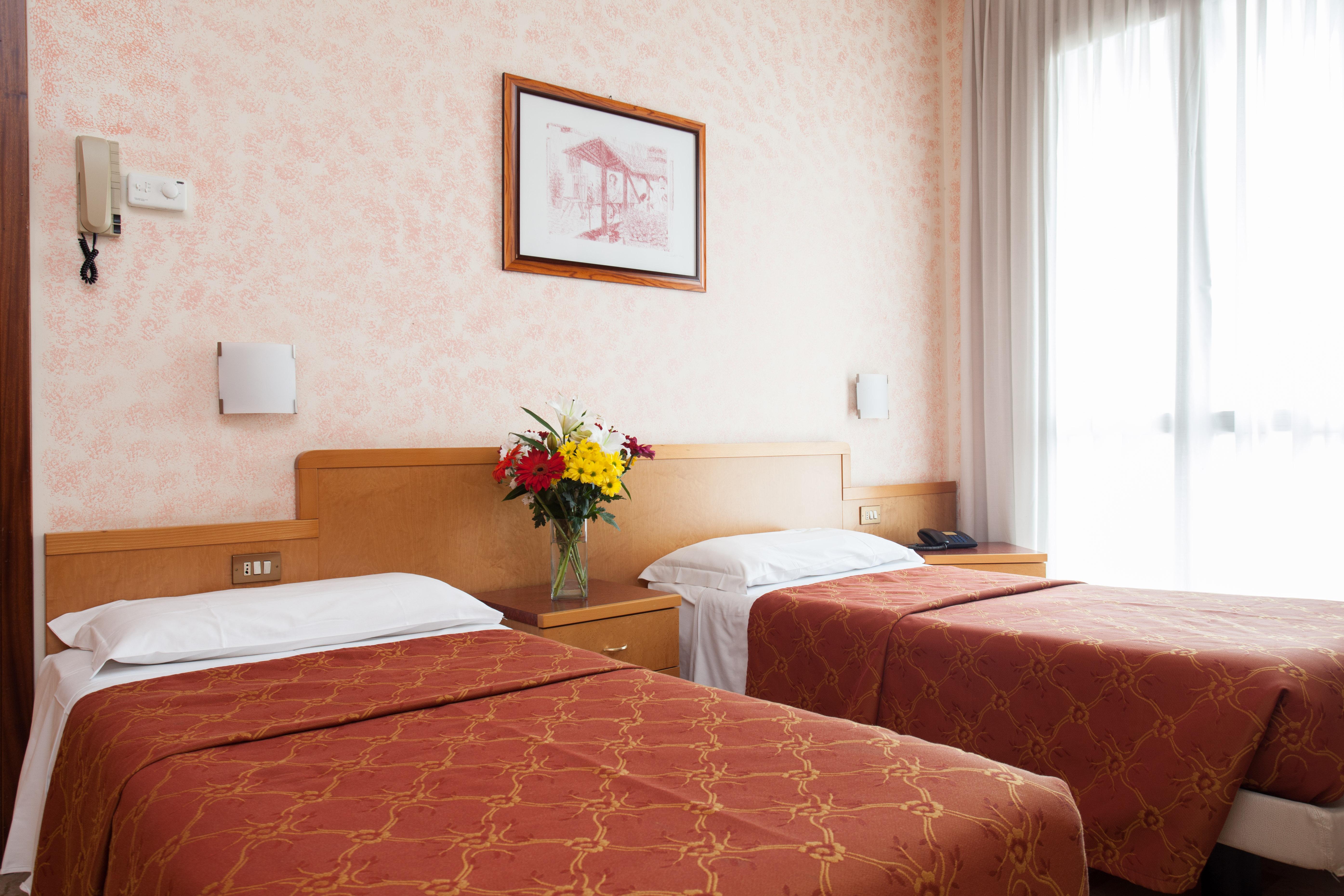 iH Hotels Aparthotel Argonne Park Milano - Twin Room